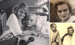 Cara Delevingne pays tribute to late lookalike grandmother