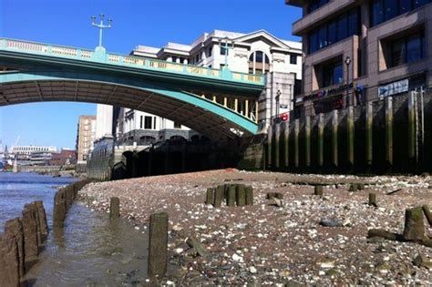 Mudlarking in the Thames Might Be The Best Thing I've Done