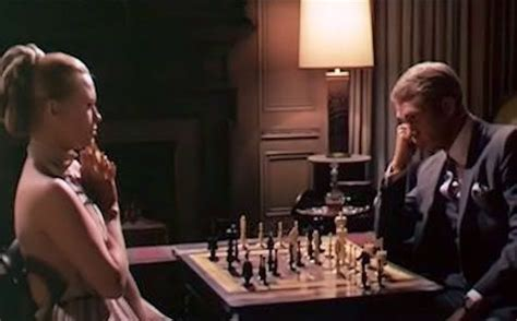 Faye Dunaway and Steve McQueen in Thomas Crown Affair