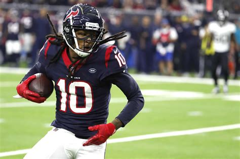 DeAndre Hopkins to announce Texans' second-round draft